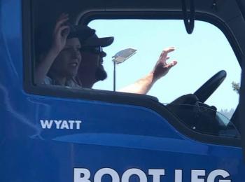 Boot Leg Trucking